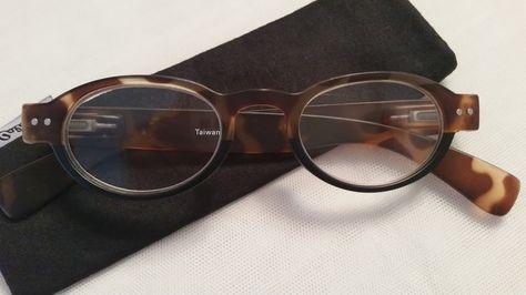 a8745b31c95 Monroe Retro Reading Glasses - EyeNeeds