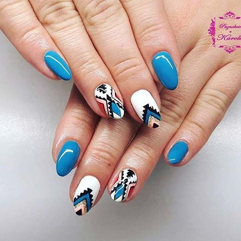 Funky Aztec Design for Summer Nails IdeaYou can find Aztec nails and more on our website.Funky Aztec Design for Summer Nails Idea Aztec Nail Designs, Nail Art Designs, Ombre Nail Designs, Short Nail Designs, Funky Nail Designs, Aztec Nails, Chevron Nails, Aztec Nail Art, Western Nail Art