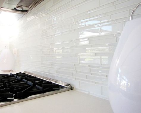 Pin By User On For The Home Kitchens Glass Backsplash