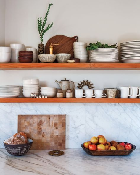 we love the dish styling here -- reminds us of our office kitchen!