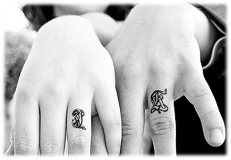 Brisa Carvalho: Tradicionais Alianças estão sendo Substituídas por Tatuagens