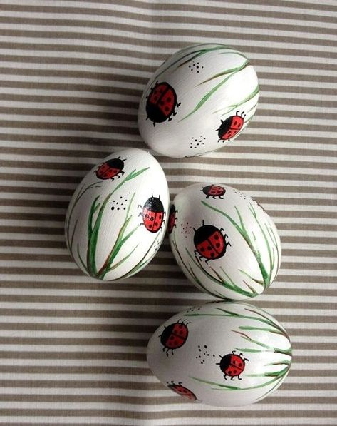 Set of 4 white Hand Decorated Painted Easter Egg with Ladybug, LadybirdsTraditional Slavic Chicken E