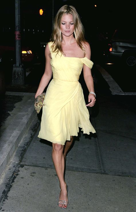 September 16, 2003 Where: At a private dinner at Hue hosted by AnOther magazine and Svedka Vodka.  What: Dress, vintage.