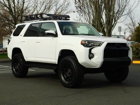 2019 Toyota 4Runner SR5 TRD UPGRADED / 4WD / Leather / LIFTED LIFTED 4runner 2011, Lifted 4runner, 1999 Toyota 4runner, Toyota Trucks, Toyota Cars, Sexy Cars, Hot Cars, Toyota 4runner Interior, Toyota Lift