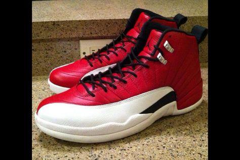 4615b24bf9acf3 Air Jordan Retro 9