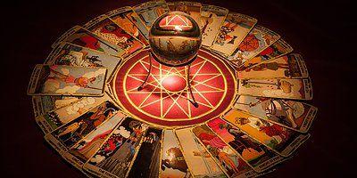 Tarot Fali Avec Images Tarot Carte Tarot Divinatoire Gratuit Voyance Carte
