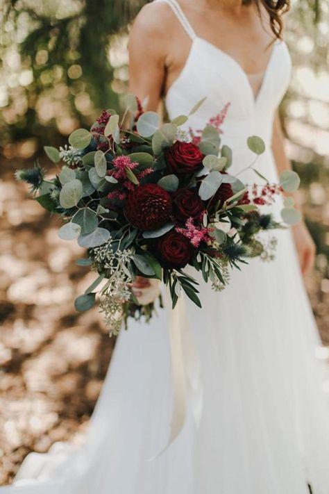 Burgendy Wedding, Green And Burgundy Wedding, Burgundy Wedding Flowers, Winter Wedding Flowers, Bridal Flowers, Floral Wedding, Winter Church Wedding, Halloween Wedding Flowers, November Wedding Flowers