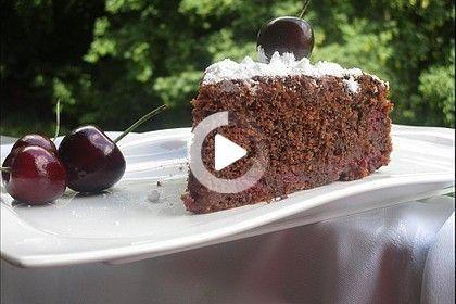 Rotweinkuchen Mit Kirschen In 2020 Weinkuchen Rotweinkuchen Mit Kirschen Rotweinkuchen