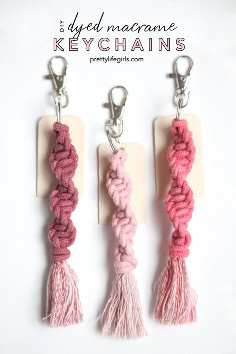 A Step by Step DIY Macrame Keychain Tutorial It's the perfect time to try out a simple macrame craft, and our personalized DIY Macrame Keychain Tutorial walks you through the perfect beginner project! Diy Crafts For Adults, Crafts To Sell, Diy And Crafts, Arts And Crafts, Decor Crafts, Decor Diy, Fall Decor, Money Making Crafts, Decor Ideas