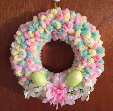 Easy No-Sew Fabric Wreath for Halloween or Fall Tutorial   Needlepointers.com