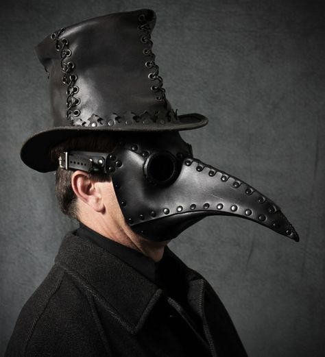 Hey, I found this really awesome Etsy listing at https://www.etsy.com/listing/120907437/plague-doctor-mask-in-black-leather