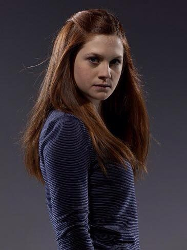 Pin De Joy En Ginny Weasley Bonni White Con Imagenes Personajes De Harry Potter Ginny Weasley Elenco De Harry Potter