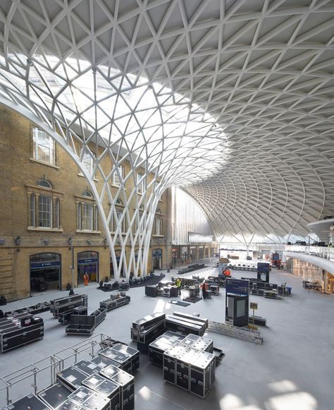 Kings Cross station by John McAslan + Partners, London, UK - visited April 26 - photo Phil Adams