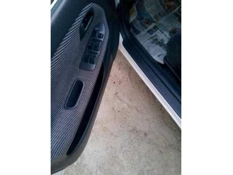 satılık toyota corolla 1.6 terra boyasiz-hatasiz-Çİzİksİz sedan