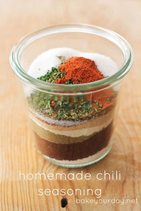 Homemade Chili & Taco Seasoning Mixes - many of the chili packets have MSG and other stuff so I am excited to try this.
