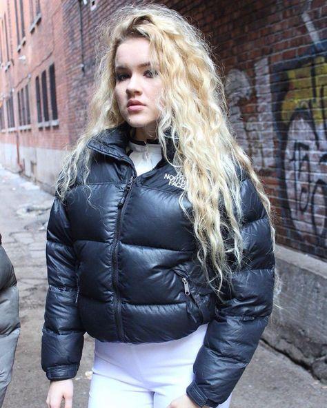 #puffajacket #furhood #winter #hooded# #sexypuffa #downcoat #downjacket #nafnaf #polosport #sexyjacket #puffafetish #downfetish #moncler…
