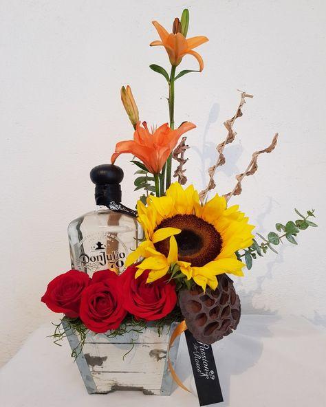 Arreglo Para Caballero Con Botella De Tequila Arreglos Florales Para Hombre Cestas De Regalo De Vino Arreglos Con Botellas