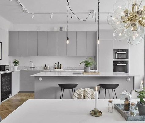 Wicked 30 Best and Most Wanted White Kitchen Design Ideas https://wahyuputra.com/kitchen/30-best-and-most-wanted-white-kitchen-design-ideas-6242/