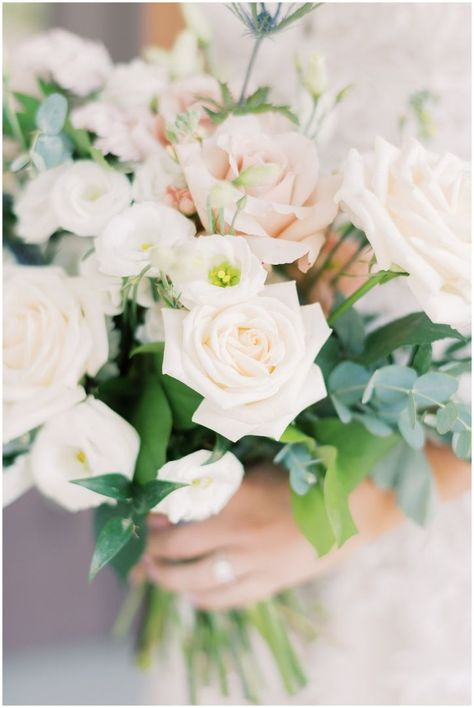 Beautiful spring wedding flowers to inspire your bridal bouquet for an all-white elegant wedding.