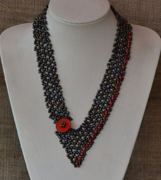 Cool Metal Necklace Beading Pattern by Cecilia Rooke at Bead-Patterns.com