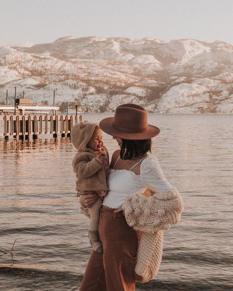 Erin Wheat Co. Jackson Hole Wedding & Elopement Photographer - Family - Pregnant Tips Mom And Baby, Mommy And Me, Baby Kids, Cute Family, Family Goals, Family Life, Jackson Hole, Cute Kids, Cute Babies