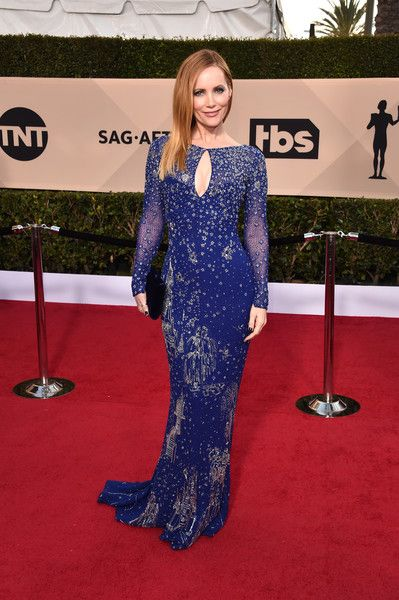Actor Leslie Mann attends the 24th Annual Screen Actors Guild Awards.