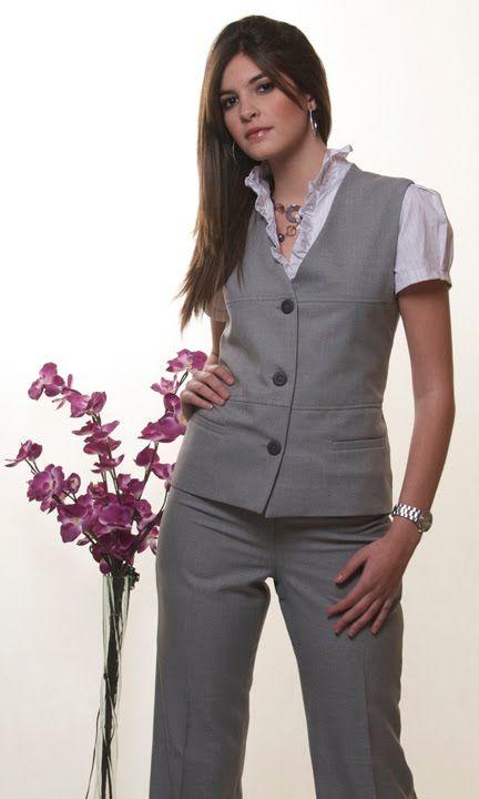 a8de5403d7a Uniformes Corporativos 4478779: TRAJES SASTRE A MEDIDA - CHALECOS ... |  modelos de pantalones de dama | Blusas para uniformes, Chalecos de vestir y  ...