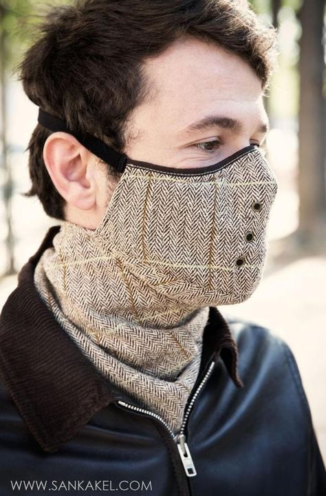 Mask tweed Windowpane: **Mask neck warmer SANKAKEL** Paris, November 2014 To protect you from cold and wind, this classical neck warmer is perfect. Mouth Mask Fashion, Fashion Face Mask, Tweed, Diy Mask, Diy Face Mask, Face Masks, Motorcycle Mask, Motorcycle Shop, Cruiser Motorcycle