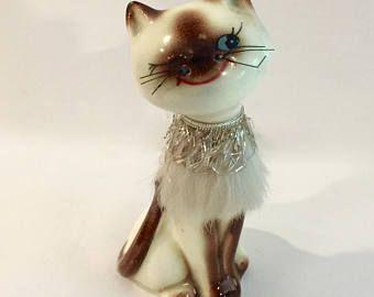 Vintage Winking Cat Fur Gold Collar Salt Pepper Shaker Siamese