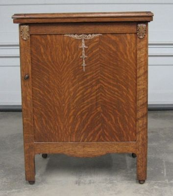 Antique sewing machine & cabinet, $200 - $350 | my antiques ...