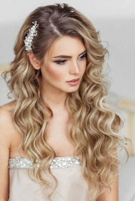 Peinados De Novia Pelo Largo Rizado Suelto Raya Al Lado Mujer Hermosa Peinadosde15 Long Hair Styles Wedding Curls Hair Styles
