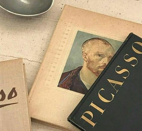 picasso books discovered by Emerald Emotions on We Heart It Cream Aesthetic, Art Hoe Aesthetic, Brown Aesthetic, Aesthetic Photo, Aesthetic Pictures, Aesthetic Style, Arte Van Gogh, Collage Vintage, Photocollage
