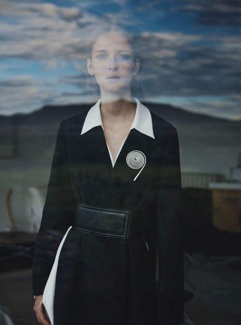 Waleska Gorczevski Channels O'Keeffe In Will Davidson Images For Vogue Australia October 2015 — Anne of Carversville