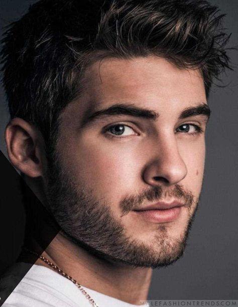 Male Fashion Trends: Cody Christian domina los looks urbanos para BELLO Magazine