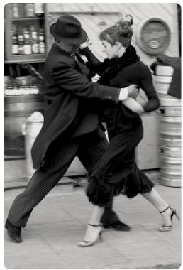 It's always been about the dance.♂ Black and white photography Tango Dancing in the Street// Lets Dance, Shall We Dance, Lindy Hop, Dance Like No One Is Watching, Dance Movement, Argentine Tango, Photocollage, Ballroom Dancing, Modern Dance