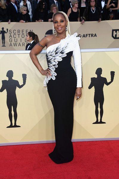 Mary J. Blige in Jean-Louis Sabaji - The Most Daring Dresses at the 2018 SAG Awards - Photos