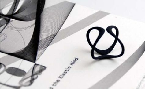 VIS designer ring, 3D printed ring that symbolizes an infinite promise. Get this black ring now $30 www.buymedesign.com