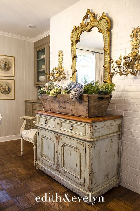 A Storied French Wine Crate A Storied French Wine Crate Edith Evelyn - - furniture French Country Kitchens, French Country Living Room, French Country Cottage, French Country Style, French Farmhouse, Southern Living, French Home Decor, French Country Decorating, Modern French Decor