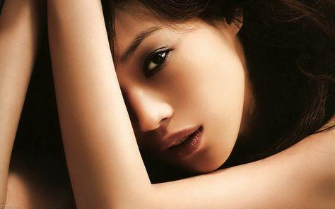 Chinese Actress Gao Yuanyuans Bruised Thighs - chinaSMACK