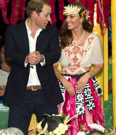 Duke and Duchess of Cambridge danced the night away in colourful grass skirts at a gathering of chiefs on the South Pacific island of Tuvalu 09/18/2012