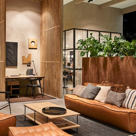 Discover recipes, home ideas, style inspiration and other ideas to try. Zen Living Rooms, Japanese Living Rooms, Interior Design Living Room, Living Room Designs, Zen Bedrooms, Bali Bedroom, Estilo Interior, Asian Interior, Modern Japanese Interior