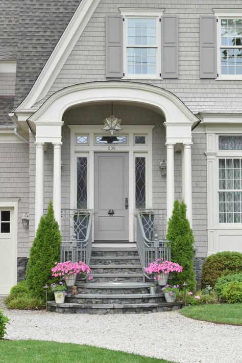 New England Homes Exterior Paint Color Ideas Nesting With Grace Exterior Paint Colors For House House Paint Exterior Exterior House Colors
