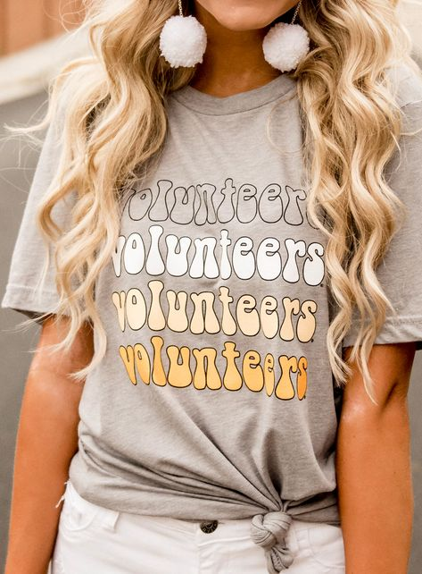 Get all your University of Tennessee gear here! College Shirts, Espn College, College Football, Uk College, College Guide, College House, Tennessee Volunteers Football, Football Tennessee, Tennessee Vols Shirts