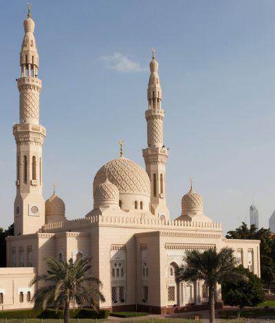 مسجد الجميرا بمدينة دبي في الامارات Taj Mahal Landmarks Travel