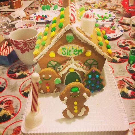 A #Baylor gingerbread house! #SicEm #BaylorChristmas