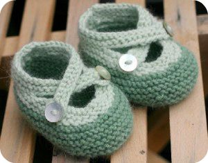 Cute!!! Links to plenty of other cute baby things too. I think I'm also going to do the iron on transfers for the onsies he can wear in the monthly photos.