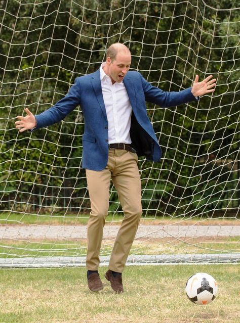 Royal Bloopers -— Kick-about with the Lionesses and local team from...