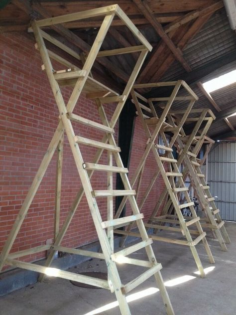dk Buy and Sell New and Used-Shooting ladder dba.dk Buy and Sell New and Used Shooting ladder dba.dk Buy and Sell New and Used - Deer Hunting Decor, Deer Hunting Tips, Deer Camp, Deer Hunting Blinds, Deer Blinds, Hunting Humor, Deer Blind Plans, Tree Stand Hunting, Stairs