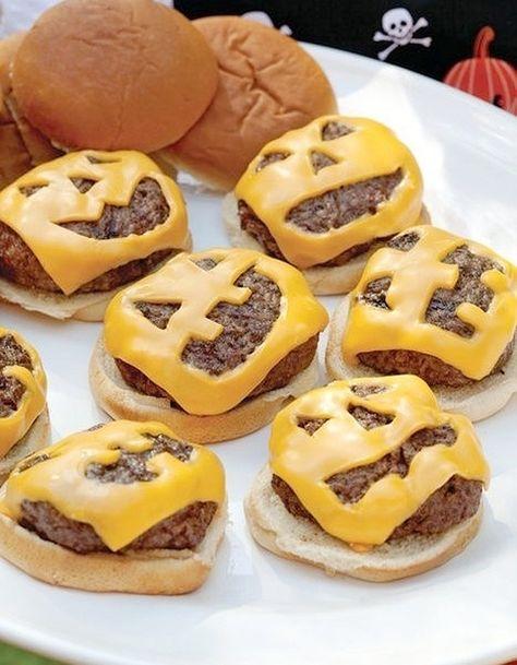 Cheeseburgers de Halloween - Halloween : 24 recettes effrayantes et faciles…