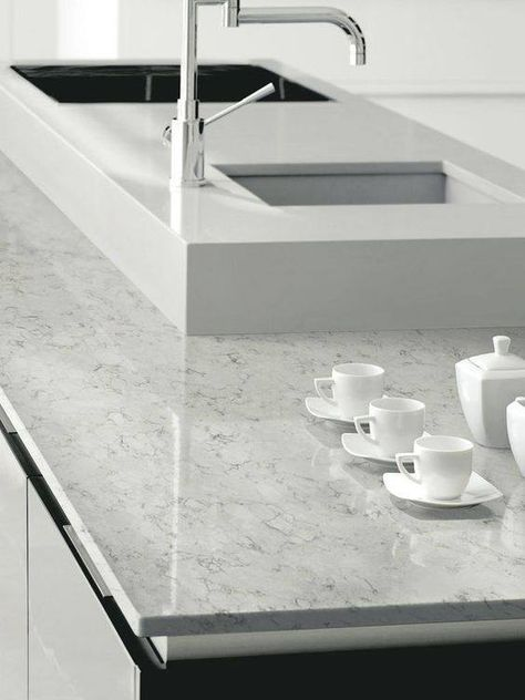 Silestone Lagoon for the main counters Palm Springs Home - küchen smidt köln